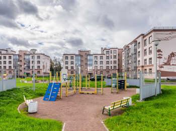 Зоны отдыха и детская игровая площадка